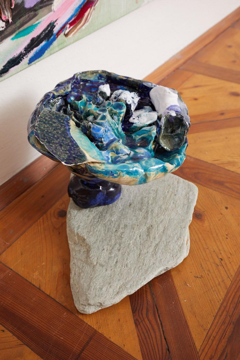 Veronika Dirnhofer | o. T. | 2018 | Keramik gebrannt | ca 40 cm | Galerie3 | Foto Johannes Puch